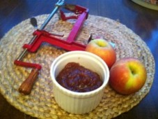 mudandjoy.com    -  Apple Butter